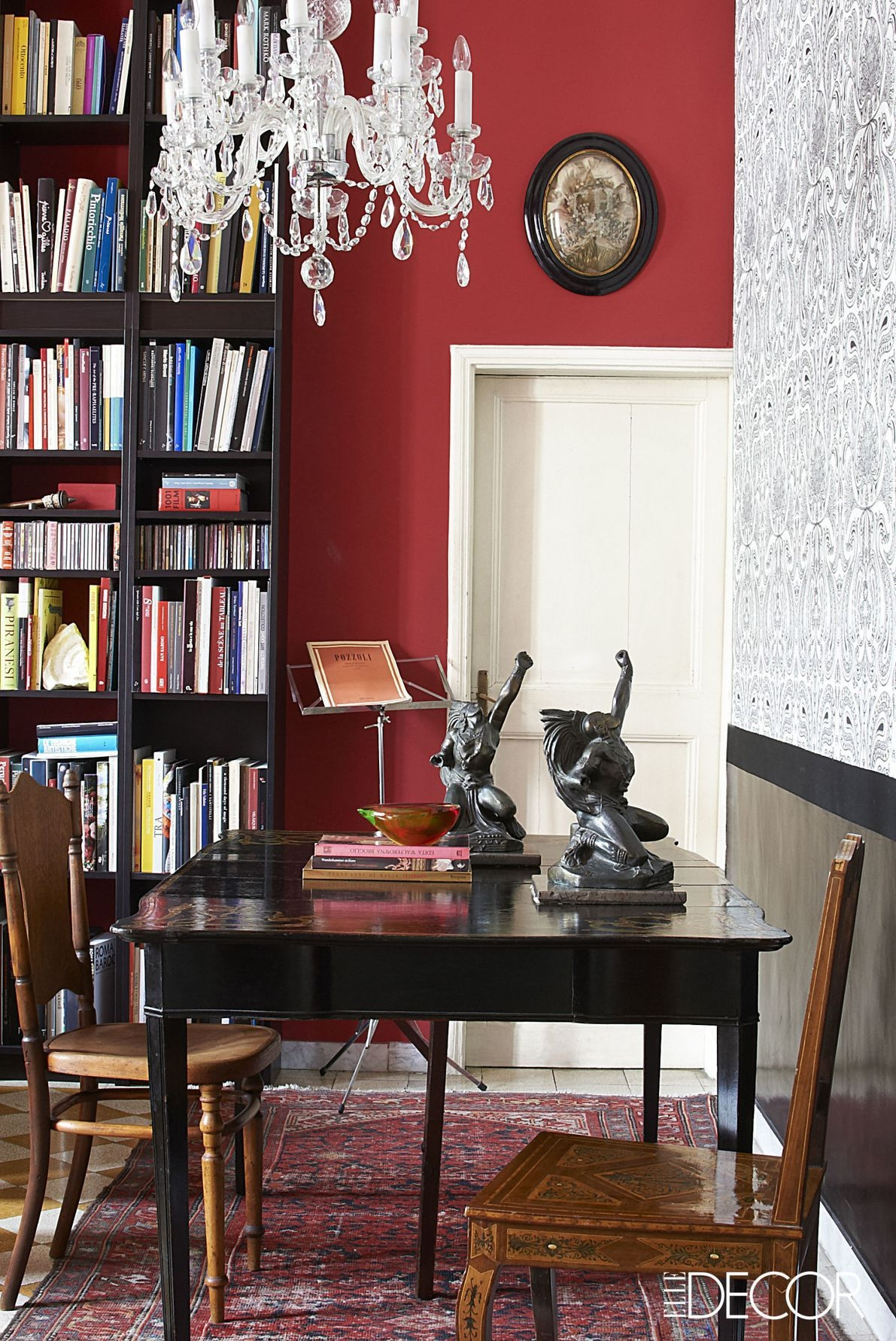 20 Ways To Pull Off A Red Wall Without Going Overboard