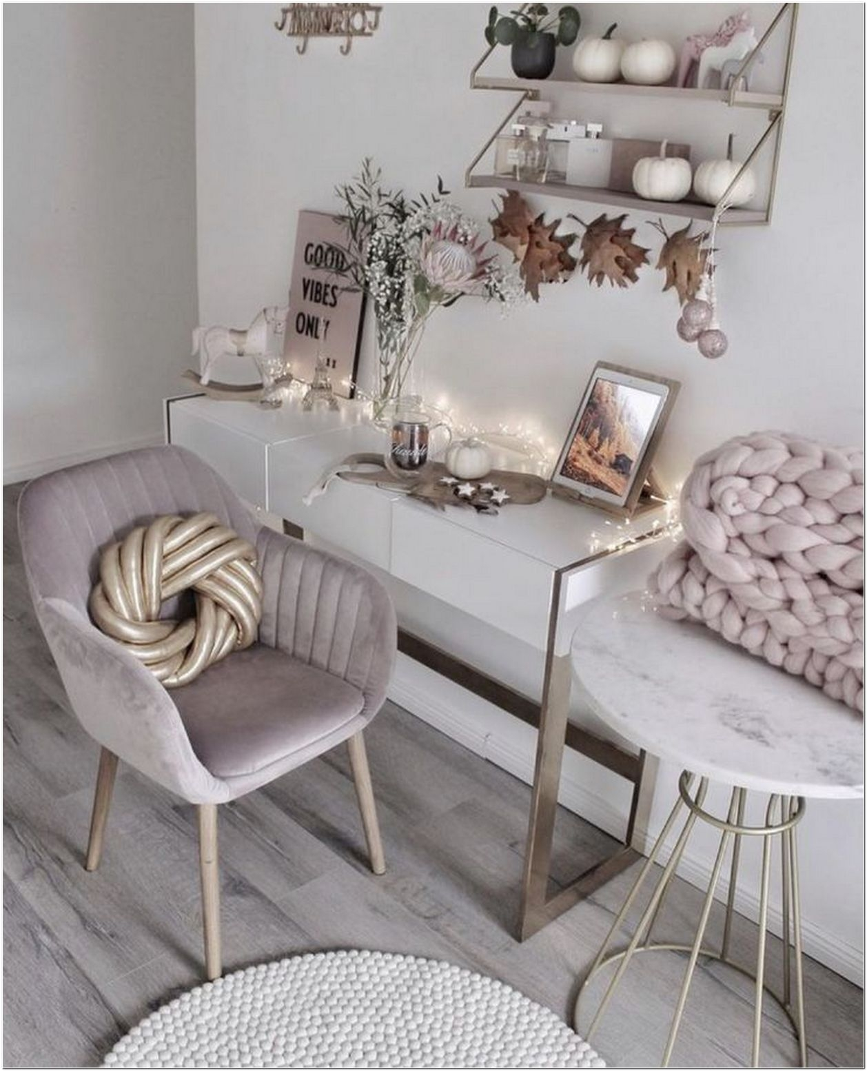 72 Makeup Vanity Table Ideas To Assist Your Makeup Routine