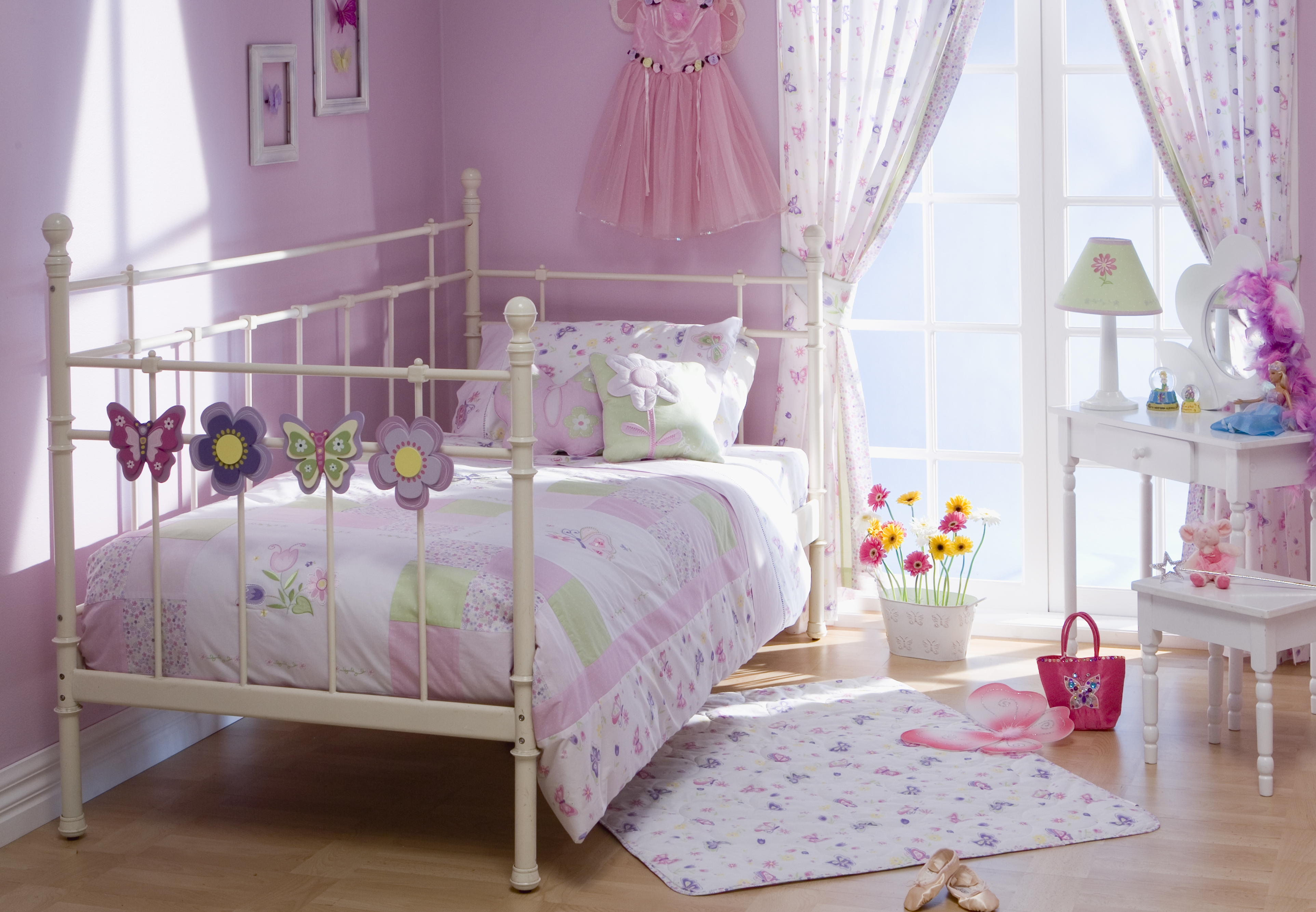 Country Girl Bedroom Ideas  DecorPad