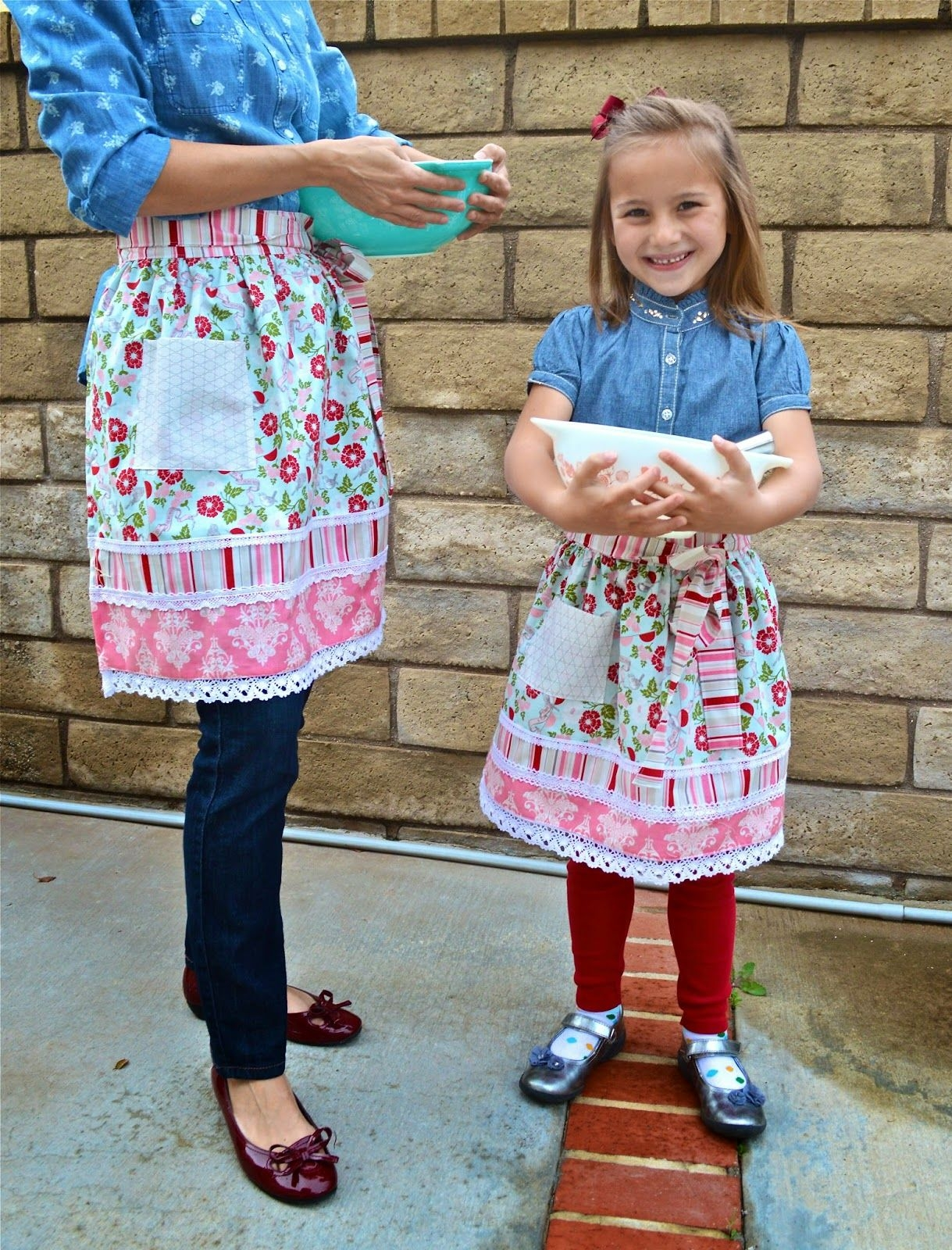 Mommy  Me Aprons  Apron tutorial Crafts for girls Half