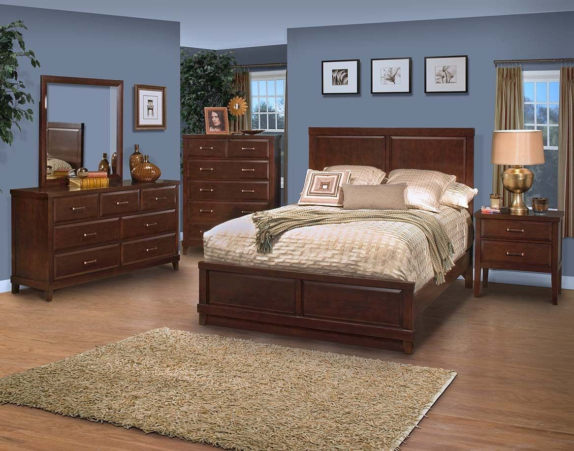 New Classic Molina 4pc Panel Bedroom Set in Distressed