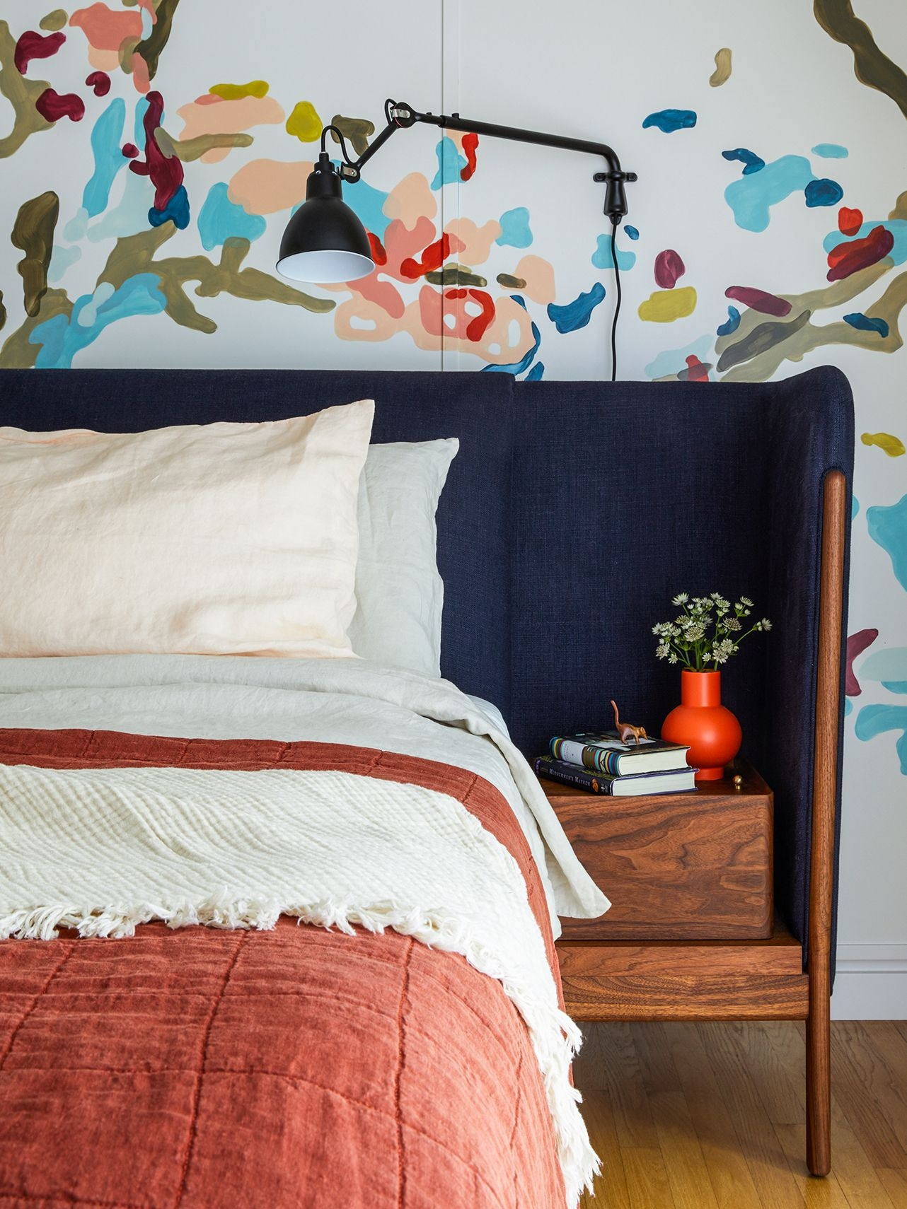 Paul Smith Meets Van Gogh In This Colorful Portland Home