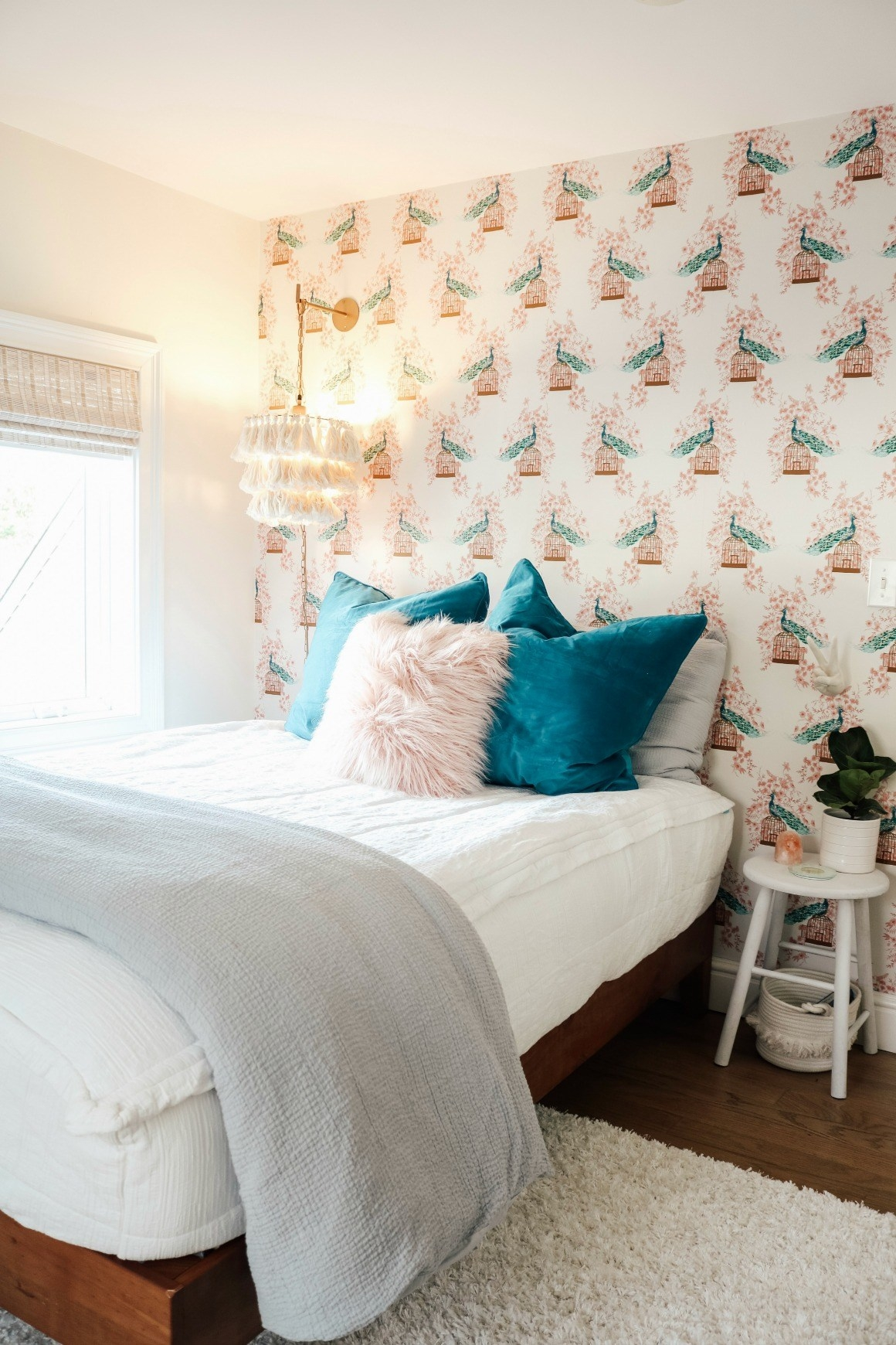 Small Girls Bedroom Makeover with Wallpaper Accent Wall