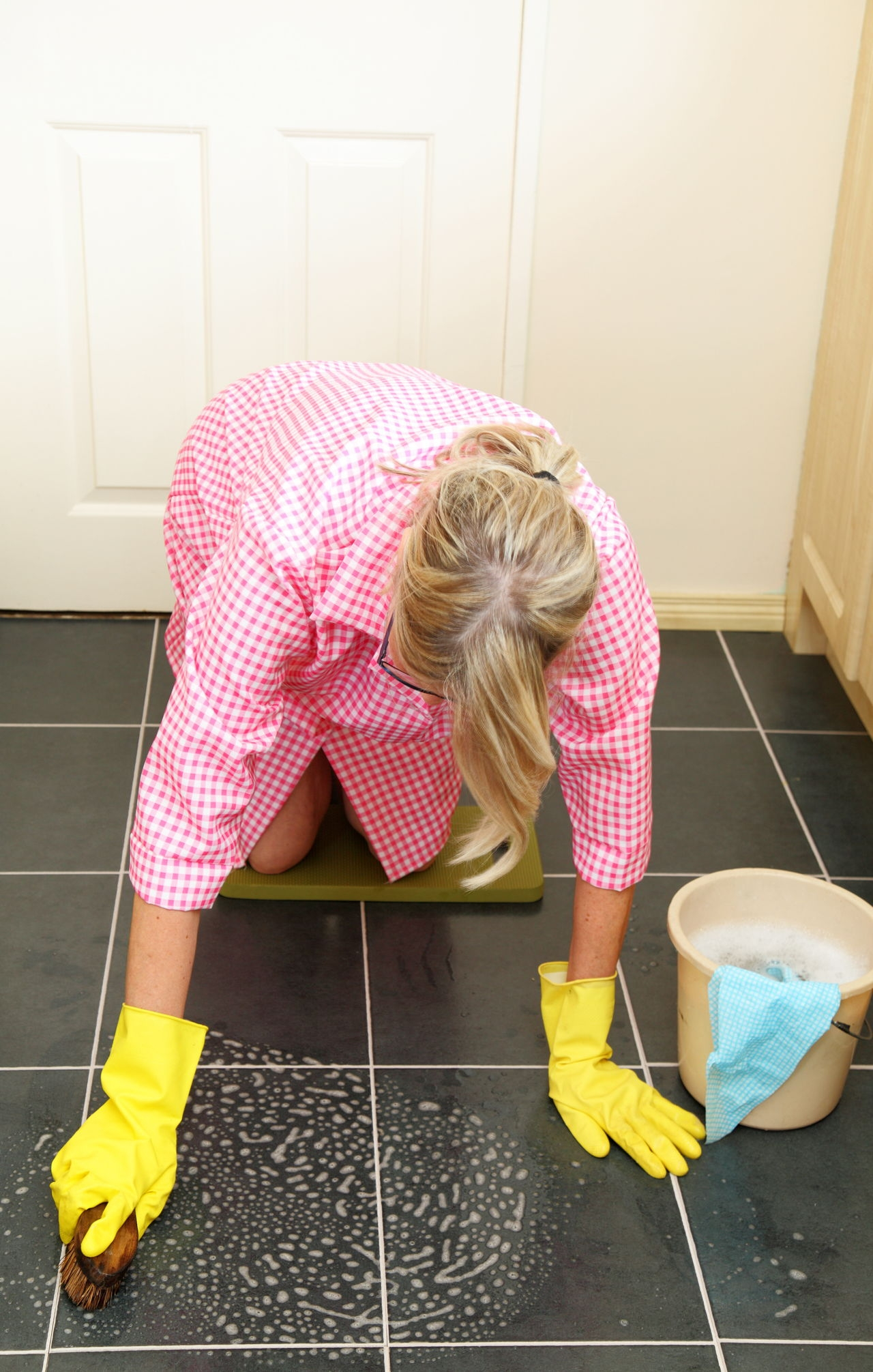 This is Actually How to Sand a Concrete Floor Around the House