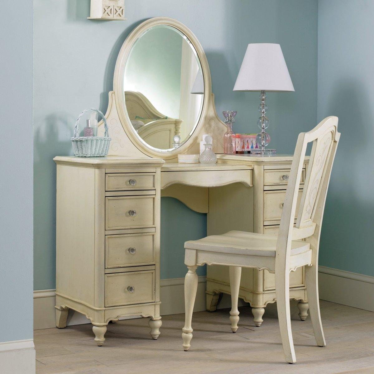 Vanity Table With Lights Around Mirror Ideas  Mai Decor